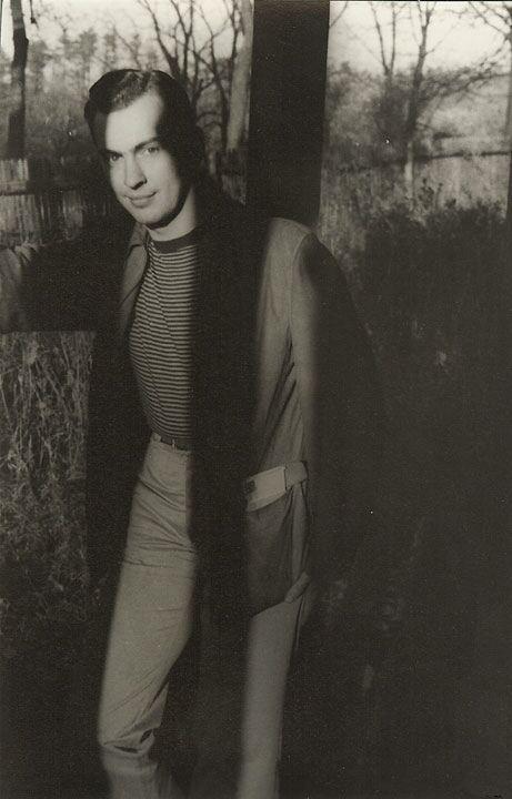 Gore Vidal, 1945